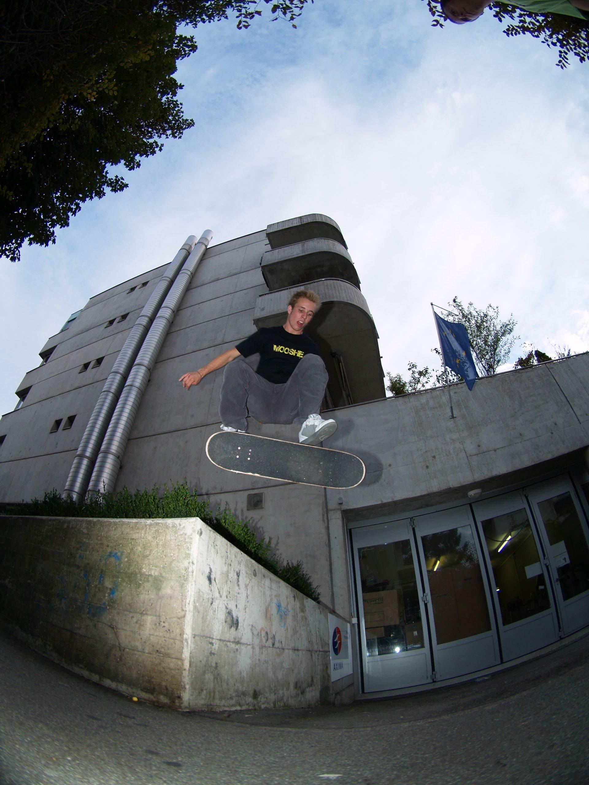 Nollie flip Johan Bavaud